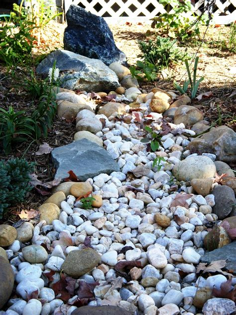 how to make a dry creek bed how to build a dry creek bed infobarrel