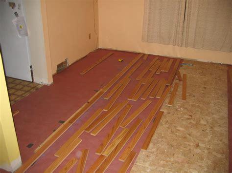 Racking Hardwood Floors by Hardwood Flooring Installation Rosin Paper Hardwood Flooring Installation