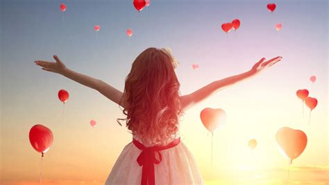 cute girl in love hd wallpaper love wallpapers child girl with love heart balloon wallpapers new hd