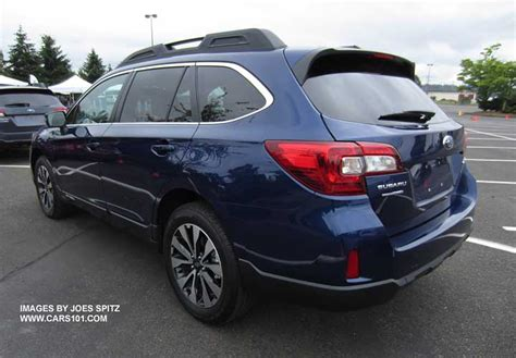 2015 Outback Exterior Photographs