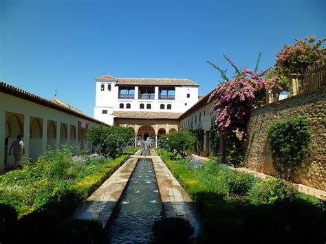 giardini islamici il giardino moresco il generalife all alhambra trippando