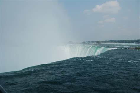 niagara falls for everybody what to see and enjoy a complete guide books niagara falls canada tourist maker