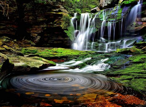 beautiful waterfalls beautiful waterfall wallpapers wallpaper cave