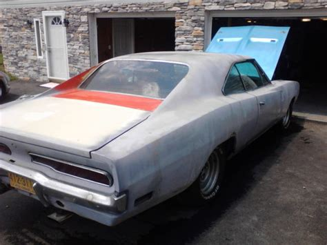 books about how cars work 1970 dodge charger windshield wipe control 1970 dodge charger completely rebuilt engine needs body and interior work classic dodge