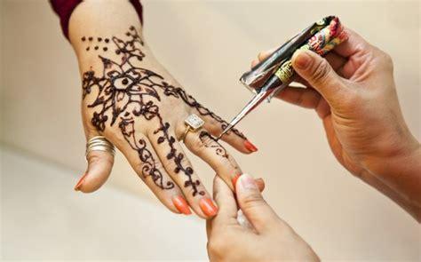 henna tattoo vorzeichnen ideen und anleitung zum henna selber machen