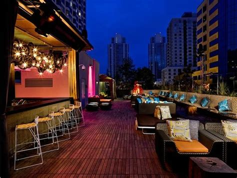 top bars in downtown san diego enjoy views of san diego california from the rooftop bar