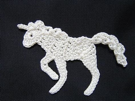 knitting pattern horse motif 17 images about crochet knit flowers leaves