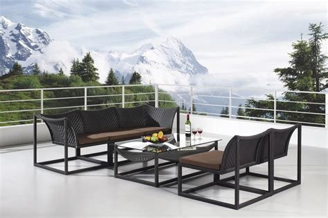 Wicker Outdoor Sofa Set Is The Best Type Of Furniture For Outdoor Hospitality Furniture