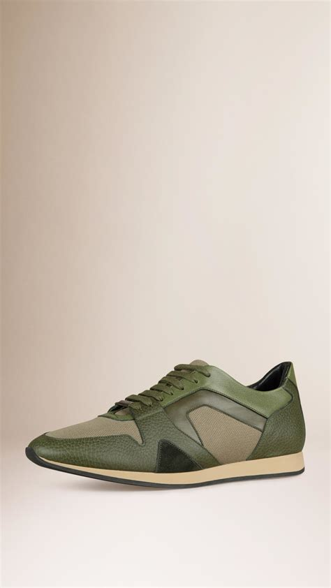 burberry sneaker burberry the field sneakers in green for lyst