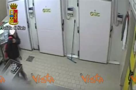 arresti a pavia rubavano cibo ai malati 13 arresti a pavia blitz quotidiano