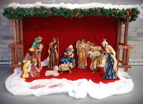 crib 36 quot includes 10 nativity figures