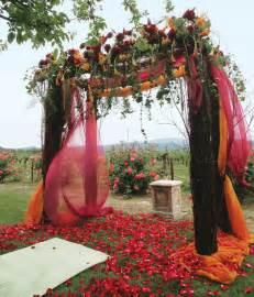 fall wedding ceremony decoration with red orange themewedwebtalks wedwebtalks