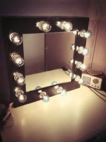 Vanity Mirror Makeup Diy Diy Makeup Mirror With Lights
