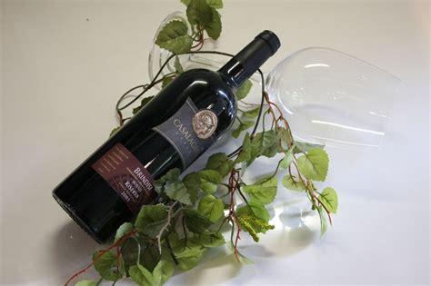öffnen Einer Weinflasche by Weinflasche Ohne Korkenzieher 246 Ffnen Focus De