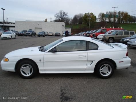 1997 ford mustang coupe 1997 white ford mustang v6 coupe 56609766