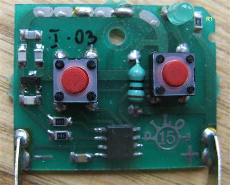 dioda w pilocie dioda pilota ciągle leciukto świeci elektroda pl
