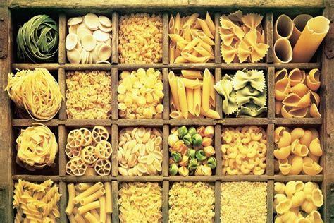 diversi tipi di pasta tipologie di pasta tanti modi di essere pasta gustosano