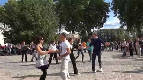 west coast swing flash mob un flash mob en l honneur du west coast swing place de