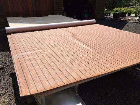 pontoon boat flooring diy this aging pontoon boat got a fabulous diy upgrade