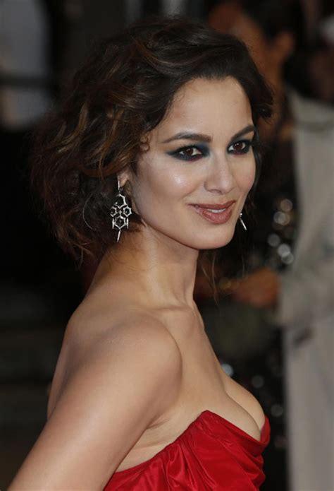 james bond film actress james bond film skyfall premieres in london movies