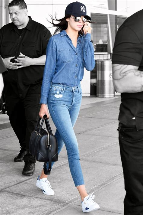 T St Kulot Yankee Maroon this is how kendall jenner does denim on denim
