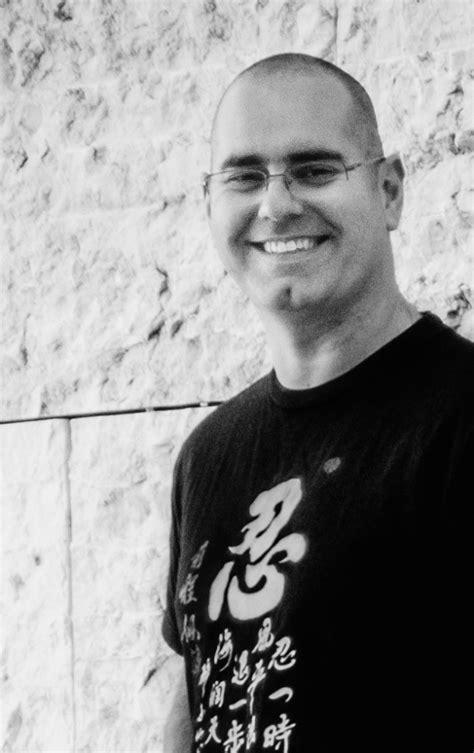 O Reiki, uma T-shirt e os ensinamentos profundos | João