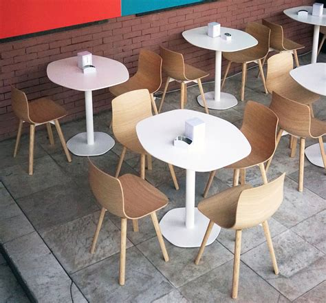 cafe table and chairs loku caf 233 table by shin azumi furniture