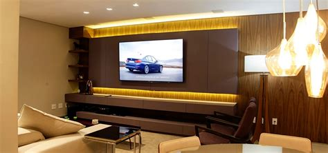 Home Cinema Moderno by Projeto Sala Home Theater Por Griffe Home Theater Homify