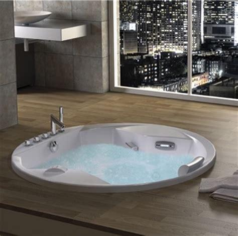 baignoire balneo ronde maison design wiblia
