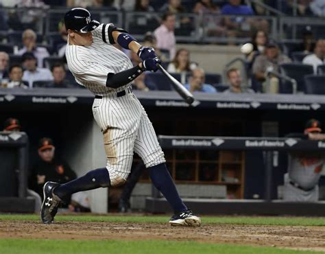 smashing mlb home run record on track to fall tuesday