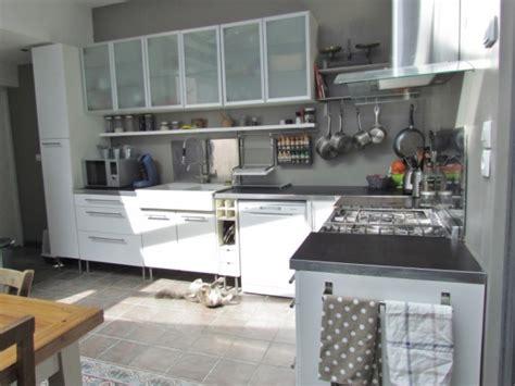 cuisine avec carreaux de ciment cuisine avec carreaux de ciment 8 photos lolavalerie
