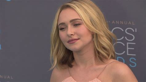 hayden panettiere pictures videos breaking news hayden panettiere enters rehab for depression for second