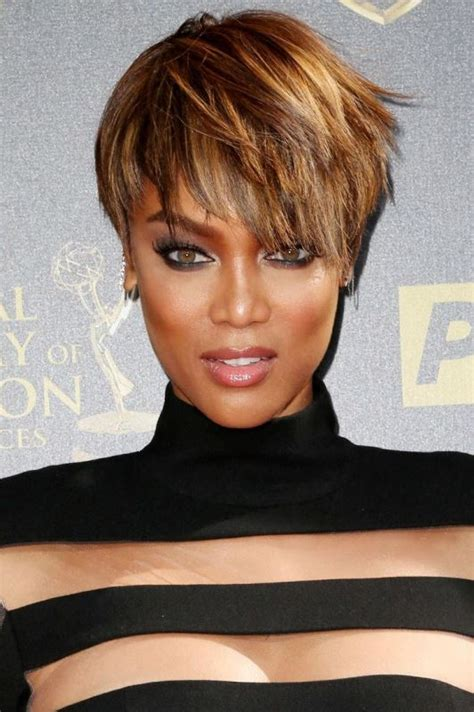 medium hair freeze style picture of trendy short hair looks that inspire 21