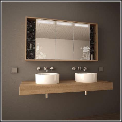 Badezimmer Spiegelschrank Mit Beleuchtung Holz by Badezimmer Spiegelschrank Mit Beleuchtung Holz