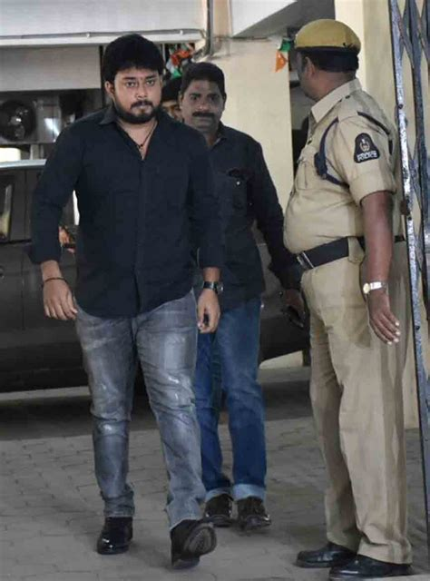 actor nandu in drugs case sit questions tanish in tollywood drug case and to