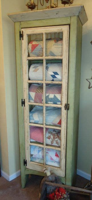 comforter storage ideas best 25 china cabinet display ideas on pinterest how to