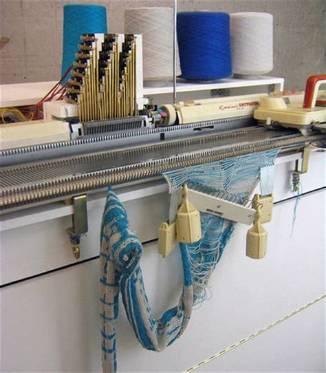 machine knitting voice activated knitting machine knittsings
