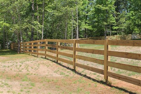 wood l post designs 4 rail ranch style w welded wire accurate fence