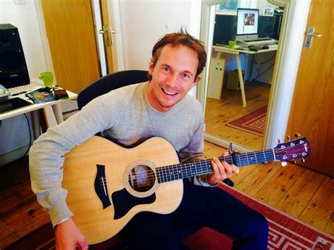 ukulele lessons in london london ukulele lessons ukulele lessons london