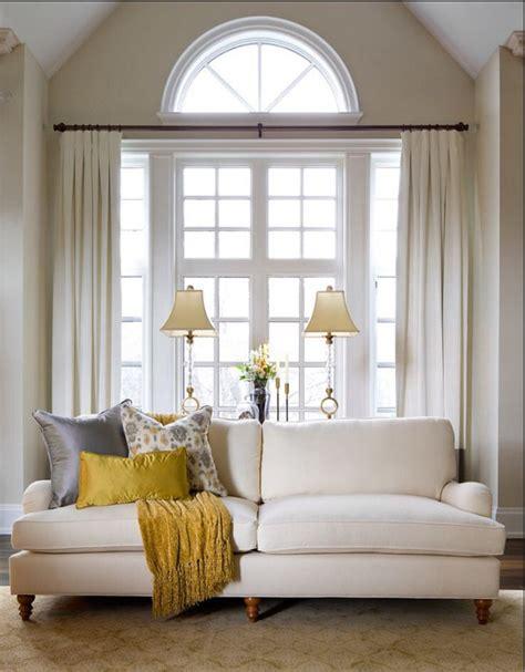 einrichten wohnzimmer 2944 die besten 25 bogenfenster behandlungen ideen auf