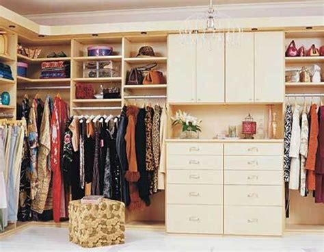 California Closets Review by California Closets Has 31 Reviews And Average Rating Of