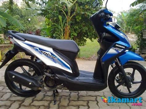 Honda Beat Putih 2013 jual honda beat fi 2013 putih biru istimewa seperti baru