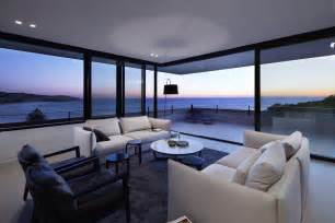 ocean front home with 270 deg views from elevated porch goldie hawn beach house malibu beach house interior ocean