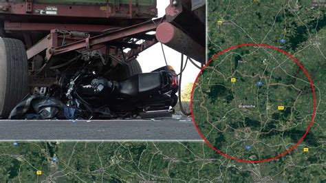 Unfall Motorrad 14 10 by Osnabr 252 Ck Schrecklicher Unfall Motorrad Rutscht Unter