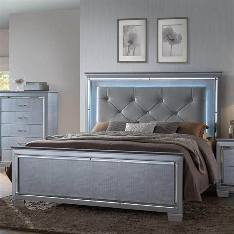 lillian bedroom furniture lillian bling bed by crown bedroom furniture