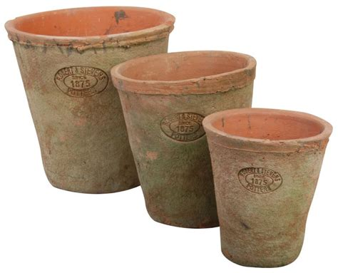 terracotta pots set of 3 flower pots round aged terracotta