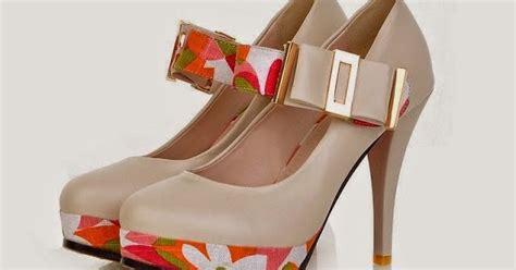 Murah Sandal Wanita Trendy P foto gambar model sepatu wanita trend untuk jalan jalan