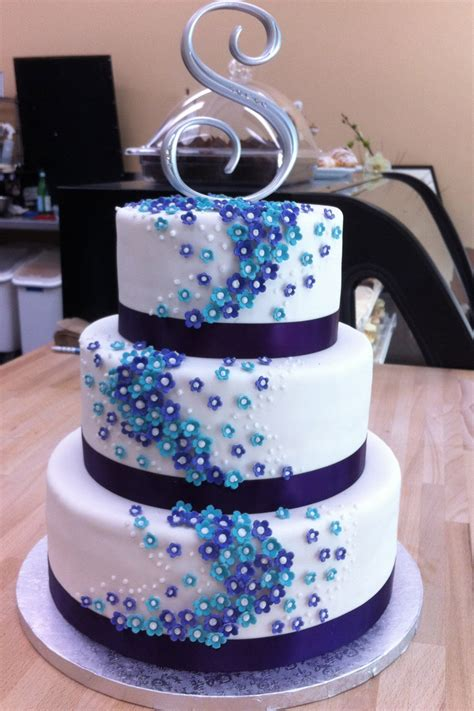 Blue Flower Wedding Cake by Prefers Blue To Black For Formal Occassions