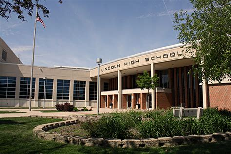 lincoln hill high school sioux falls search for suspects in lincoln high
