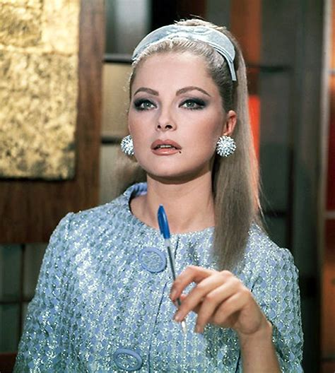 Colour Of The Year 2016 virna lisi